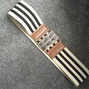 Striped stretch waist belt